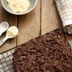 Brownies avocado e farina di ceci